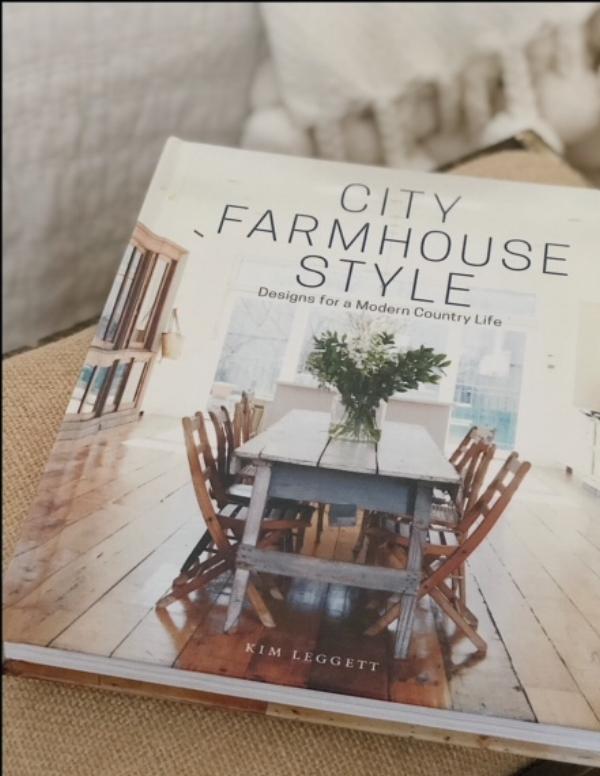 City Farmhouse Style written by Kim Leggett