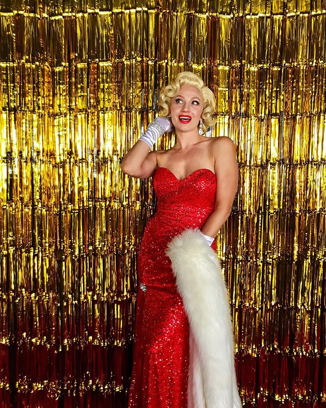 Welcome to H O L L Y W O O D! Marilyn Monroe welcomes our guests to their Hollywood themed affair!