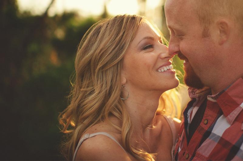 clermont fl engagement: smiling couple