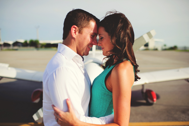 romantic airport engagement session: sweet romantic