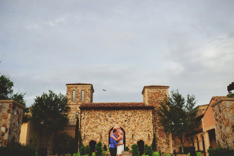 bella collina engagement session: front of club house
