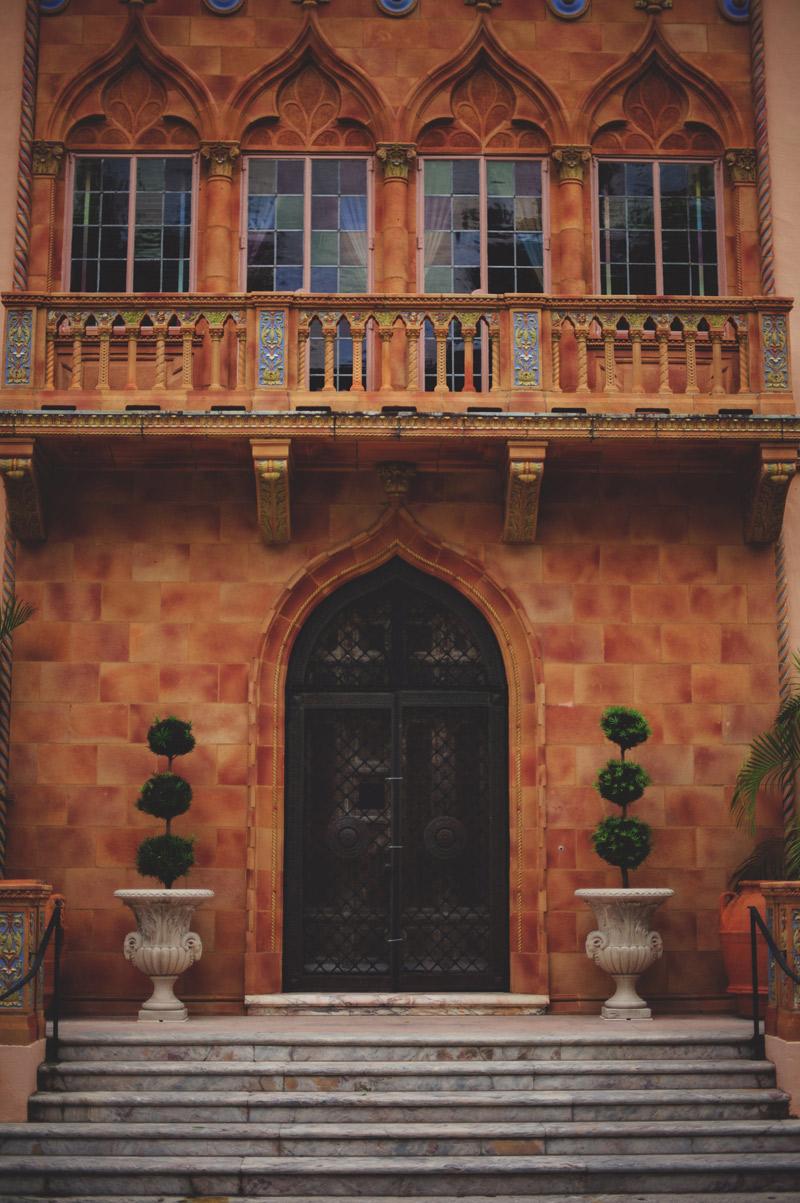 ringling museum wedding: front door