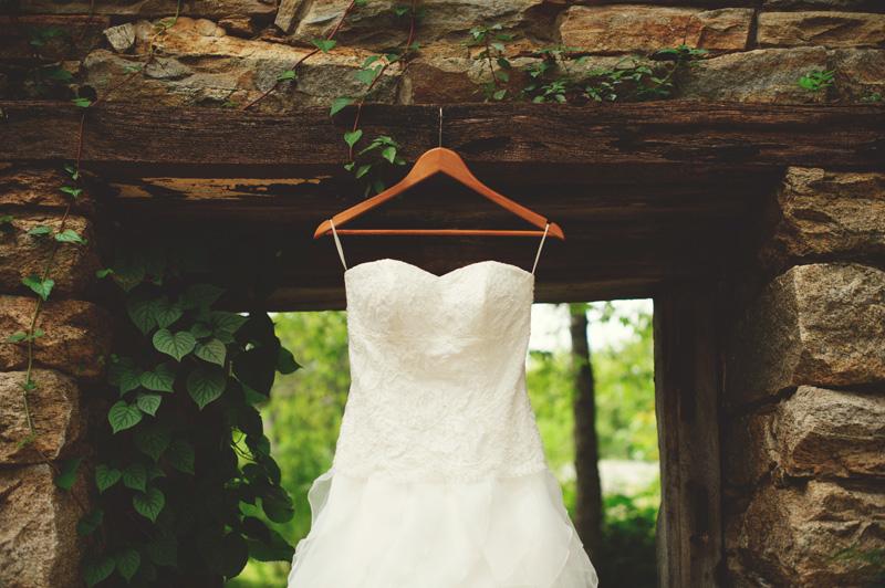 mill-at-fine-creek-wedding-0033