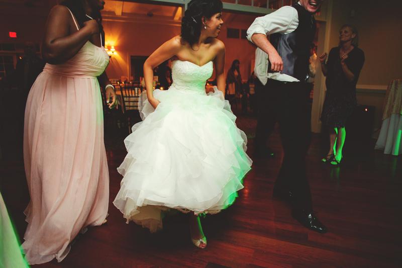 mill-at-fine-creek-wedding-0112