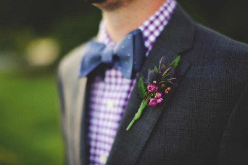 backyard wedding tampa: boutonniere