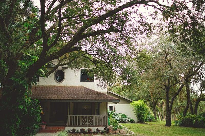 naples-backyard-wedding-photos-002.jpg
