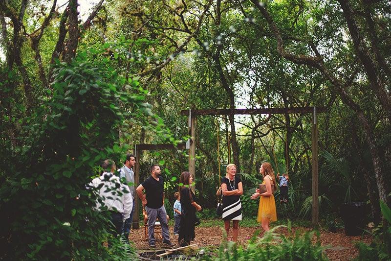 naples-backyard-wedding-photos-034.jpg