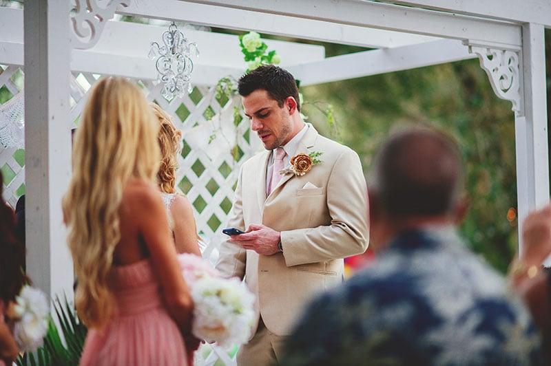 naples-backyard-wedding-photos-051.jpg
