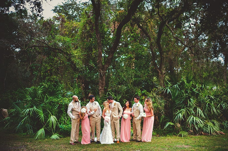naples-backyard-wedding-photos-065.jpg