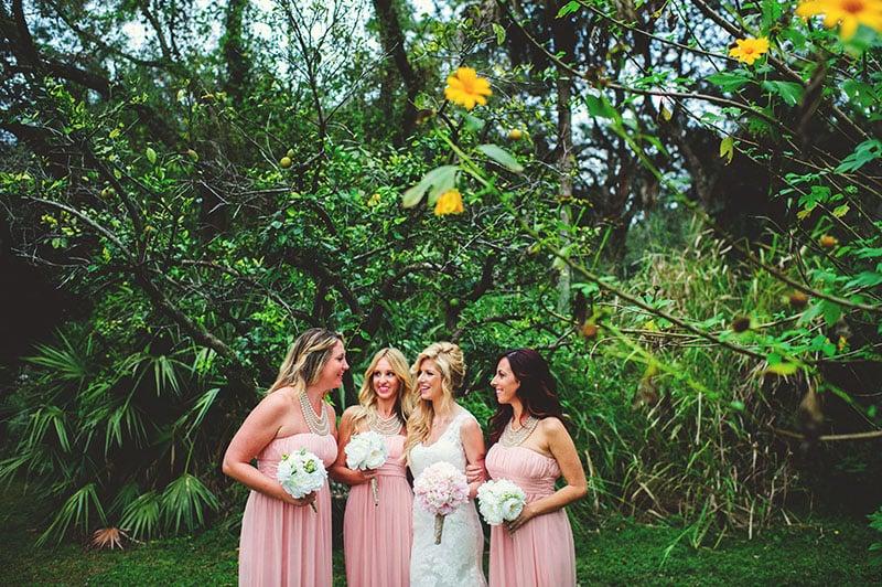 naples-backyard-wedding-photos-070.jpg