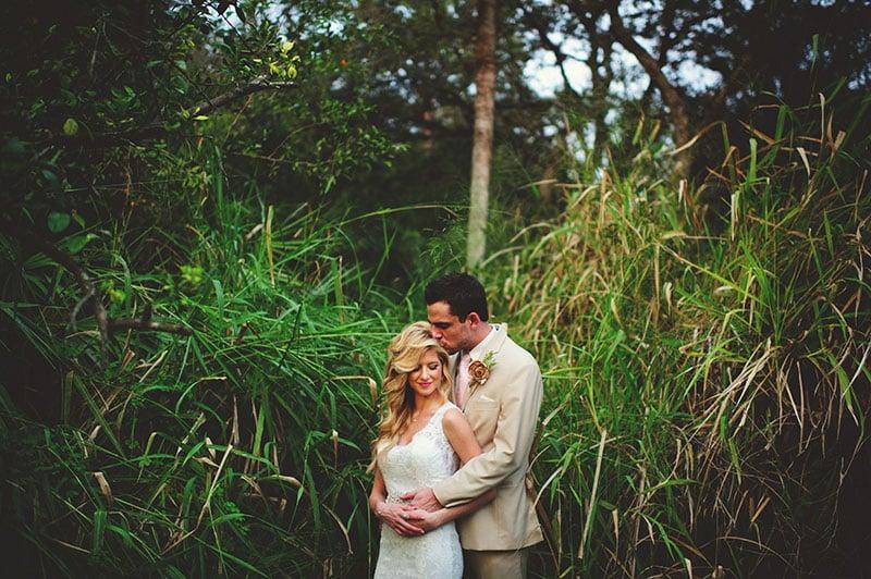 naples-backyard-wedding-photos-073.jpg