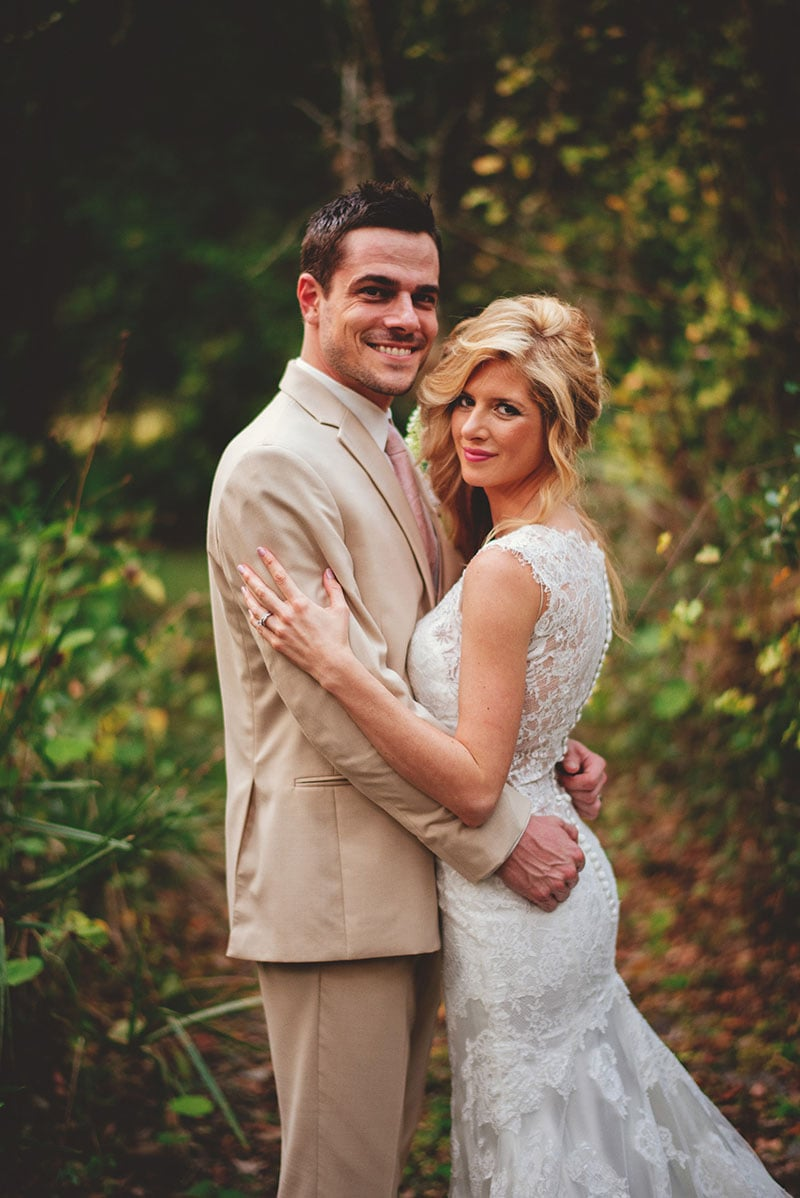 naples-backyard-wedding-photos-075.jpg