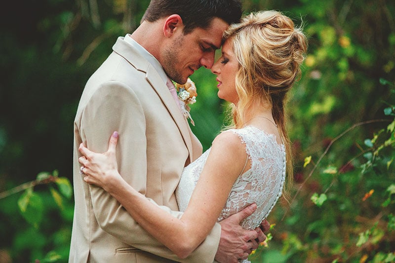 naples-backyard-wedding-photos-077.jpg