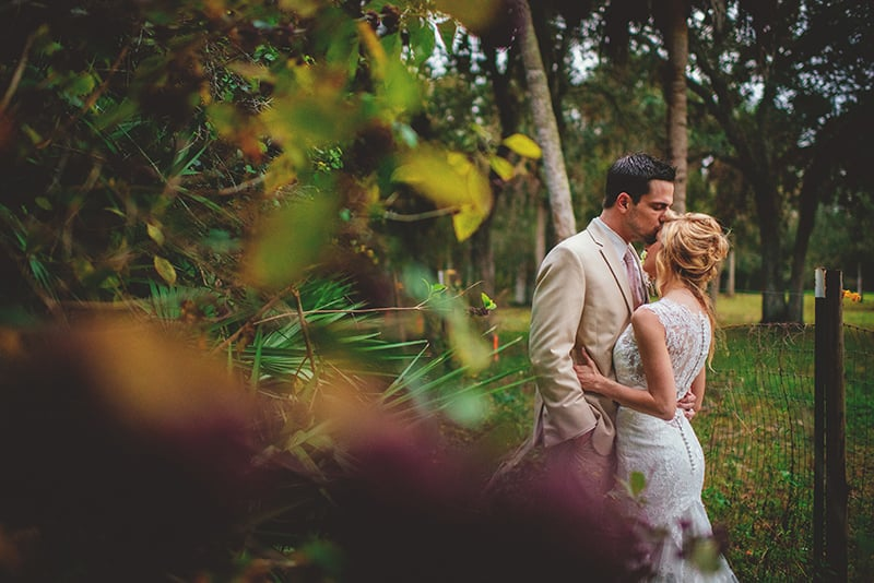 naples-backyard-wedding-photos-091.jpg