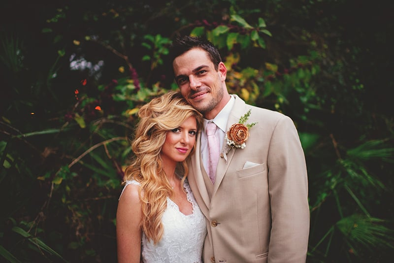 naples-backyard-wedding-photos-093.jpg