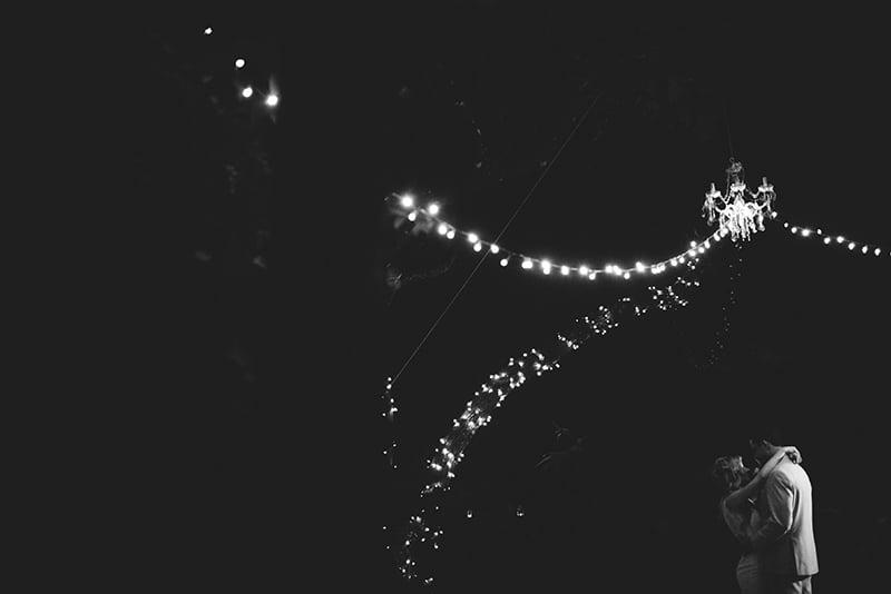 naples-backyard-wedding-photos-106.jpg