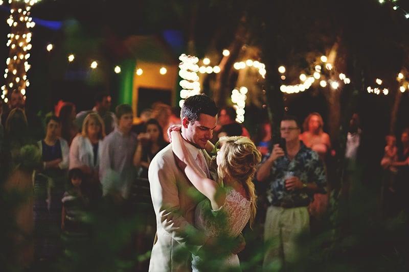 naples-backyard-wedding-photos-105.jpg