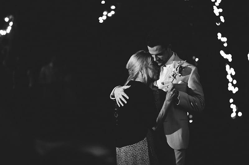 naples-backyard-wedding-photos-107.jpg