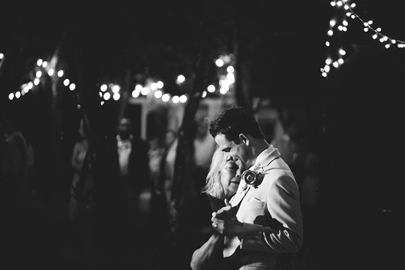 naples-backyard-wedding-photos-108.jpg