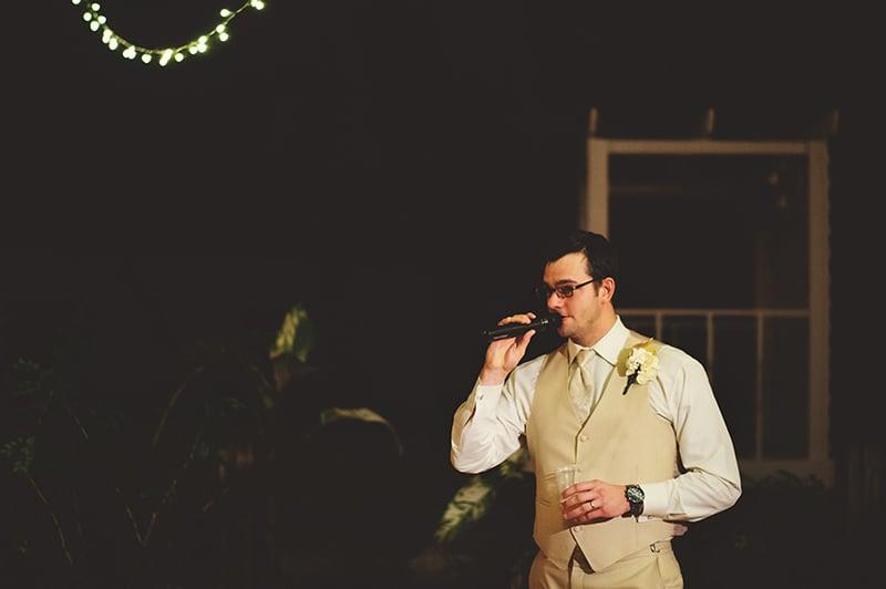 naples-backyard-wedding-photos-111.jpg