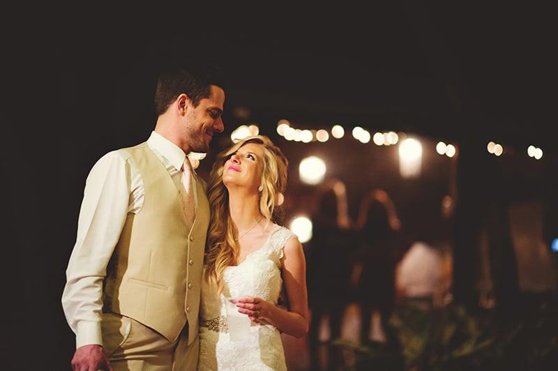 naples-backyard-wedding-photos-112.jpg
