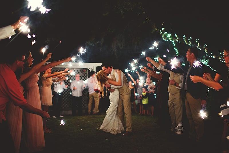 naples-backyard-wedding-photos-137.jpg