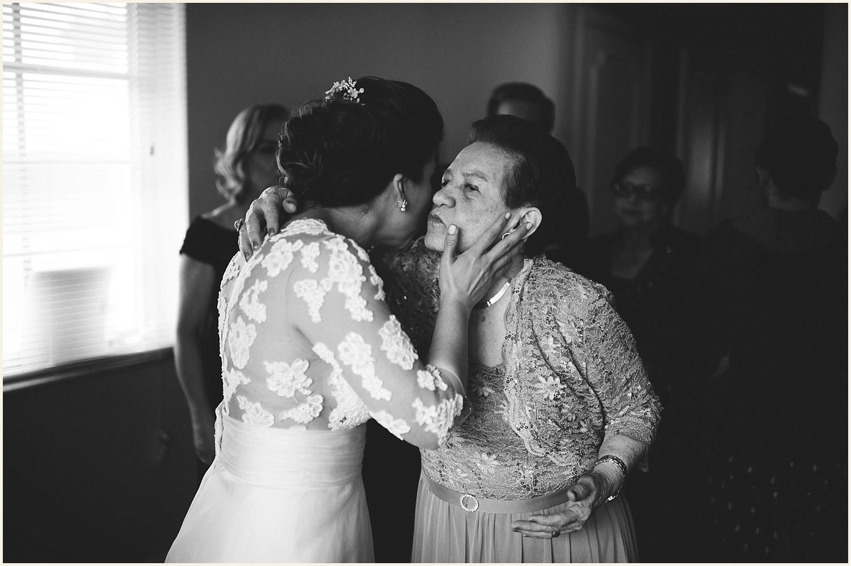 vizcaya-museum-romantic-wedding-_0022.jpg