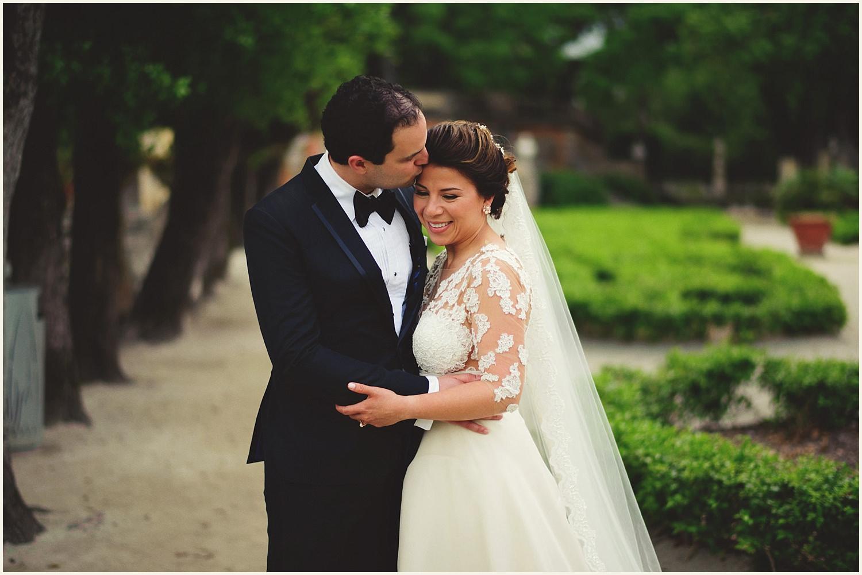 vizcaya-museum-romantic-wedding-_0054.jpg