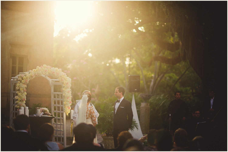vizcaya-museum-romantic-wedding-_0090.jpg