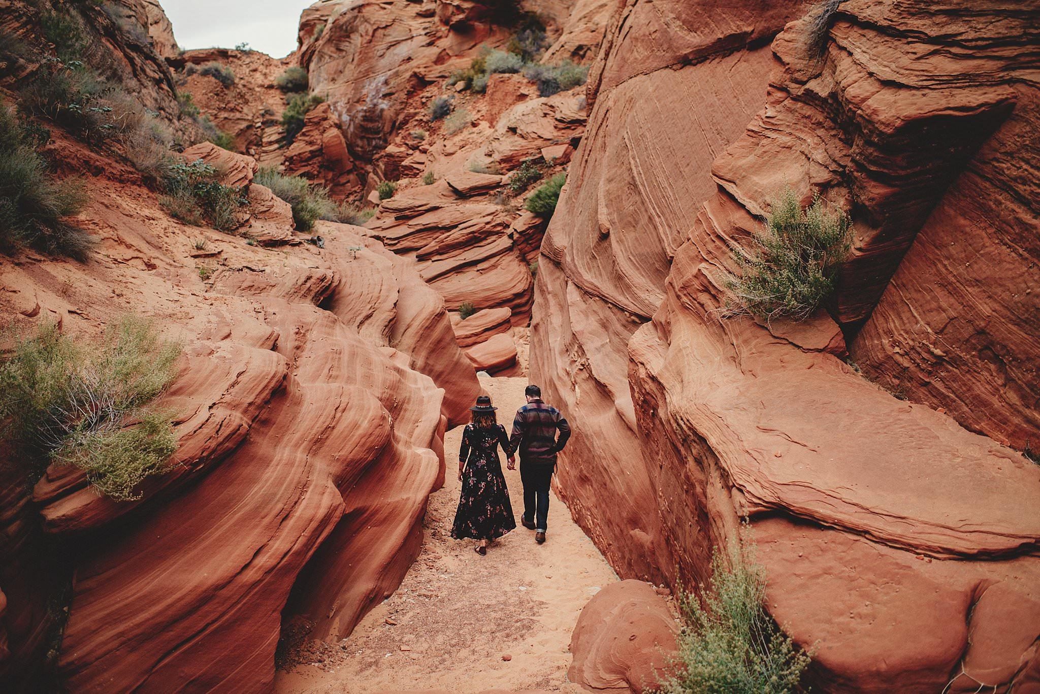 horseshoe-canyon-engagment-photos0004.jpg
