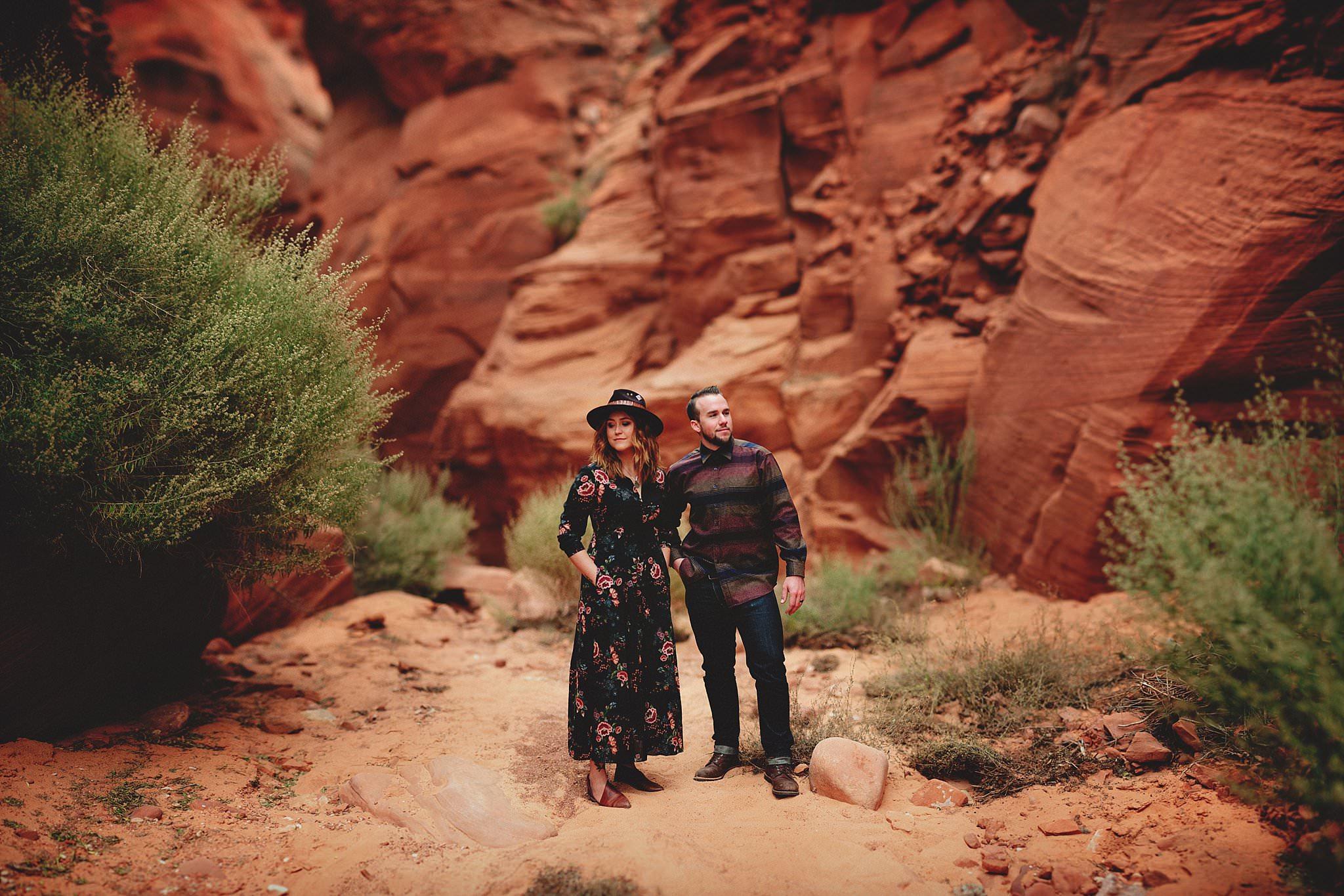 horseshoe-canyon-engagment-photos0007.jpg