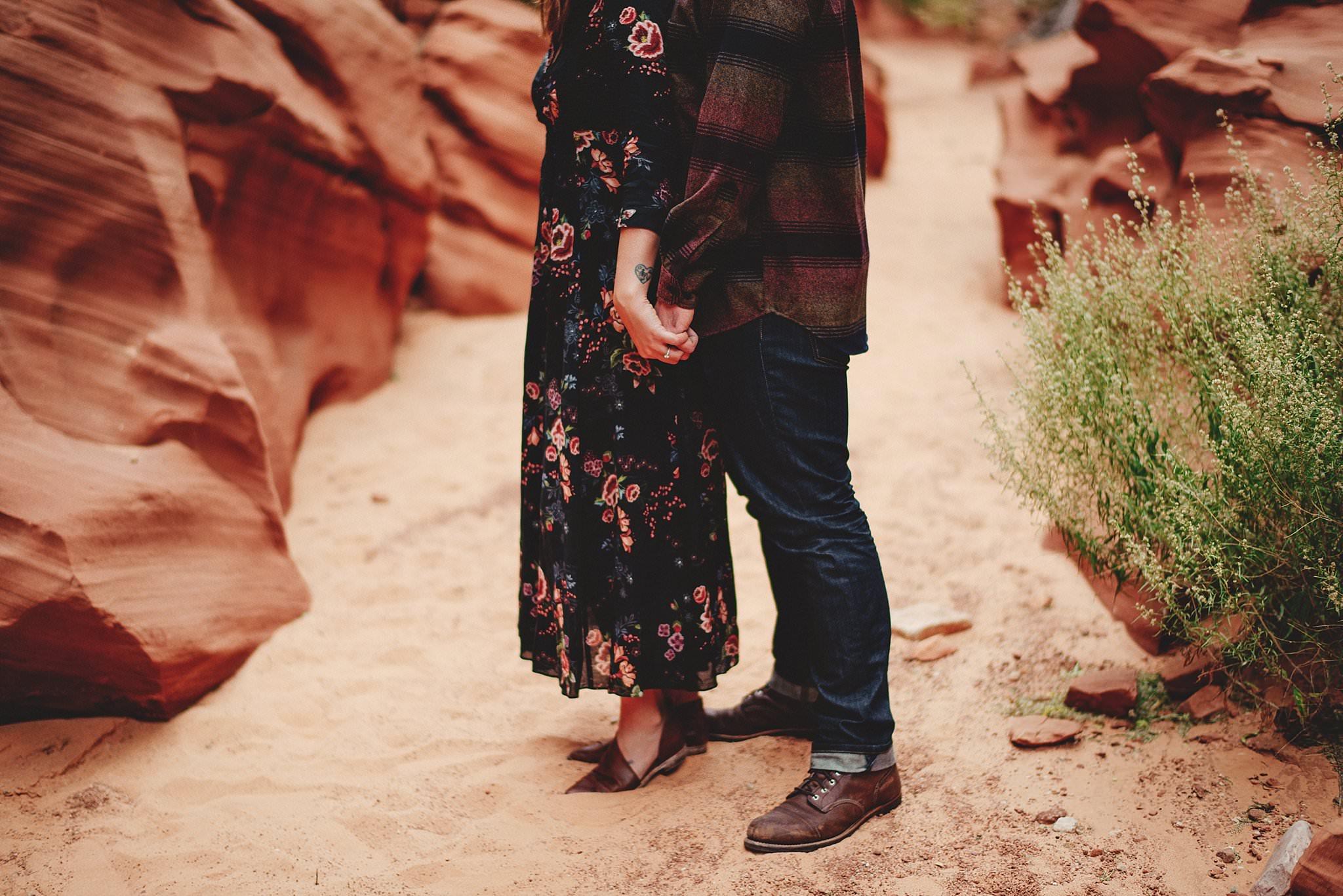 horseshoe-canyon-engagment-photos0009.jpg