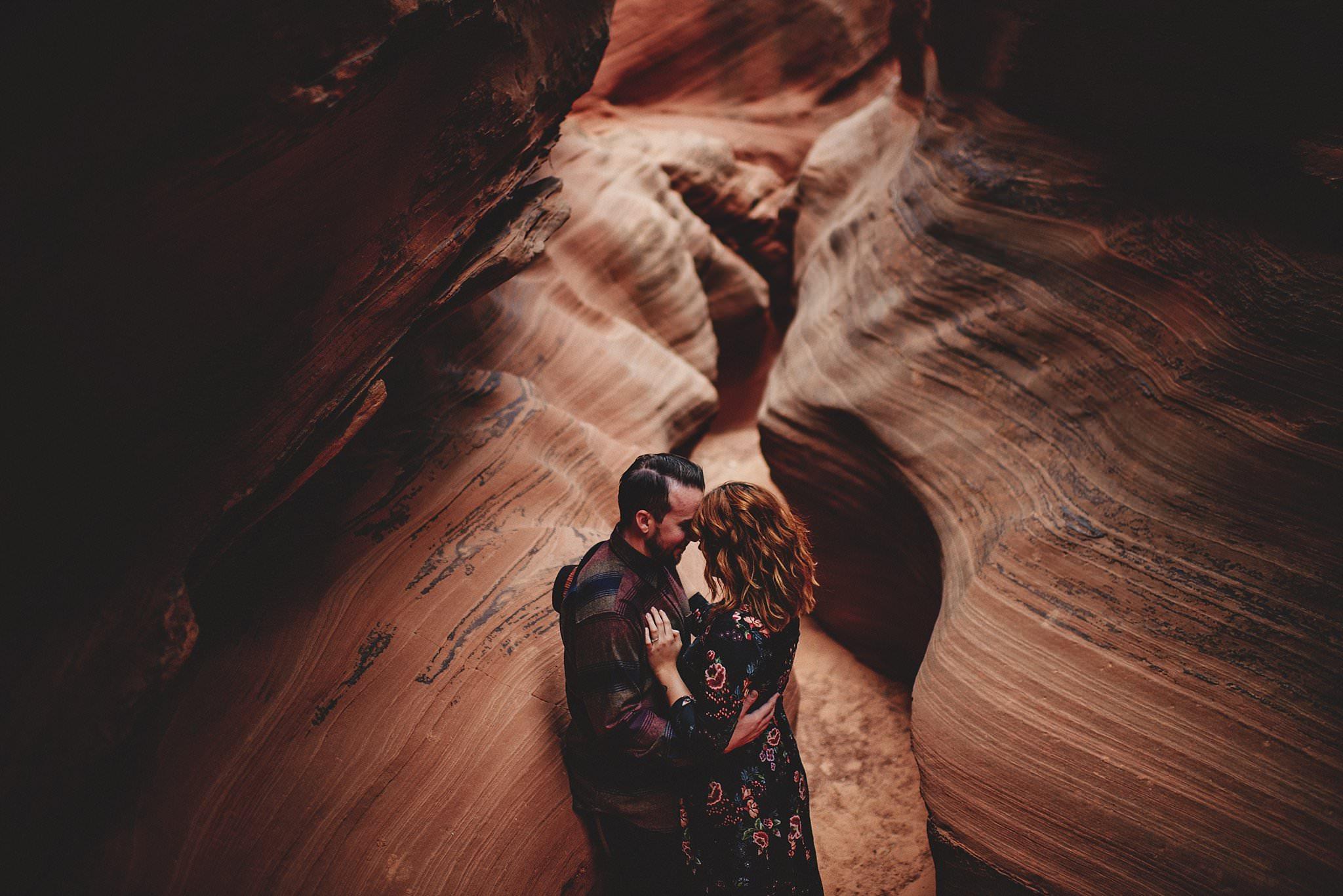 horseshoe-canyon-engagment-photos0018.jpg