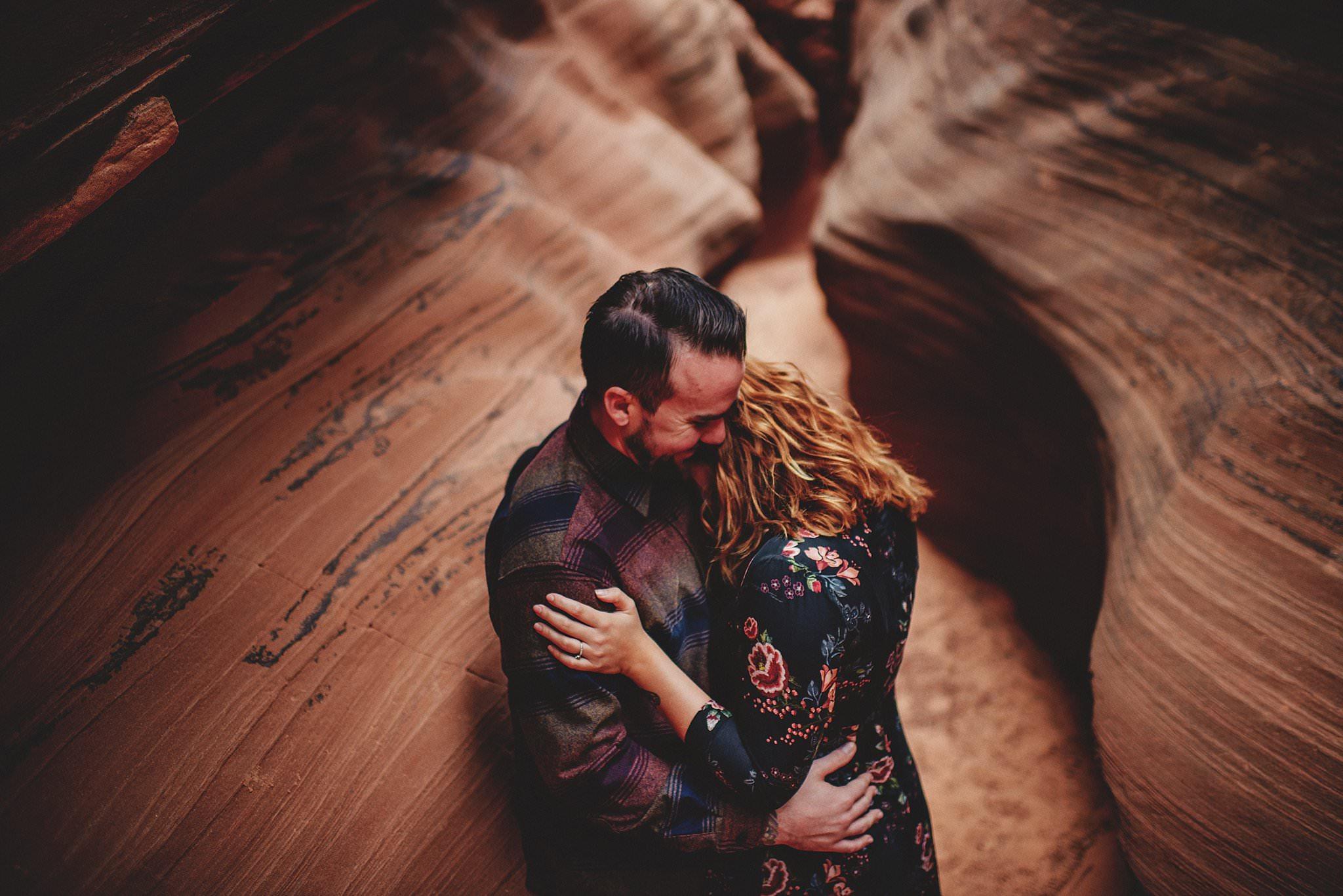 horseshoe-canyon-engagment-photos0020.jpg