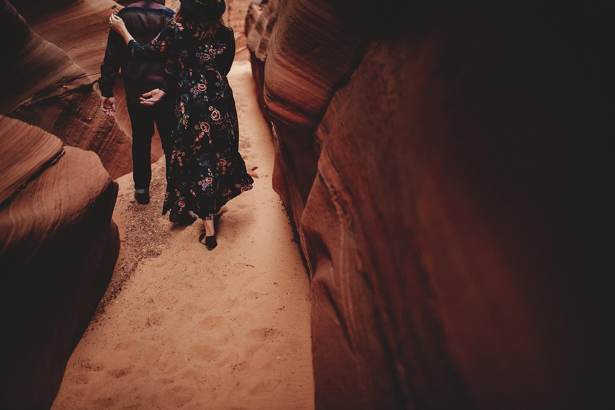 horseshoe-canyon-engagment-photos0025.jpg