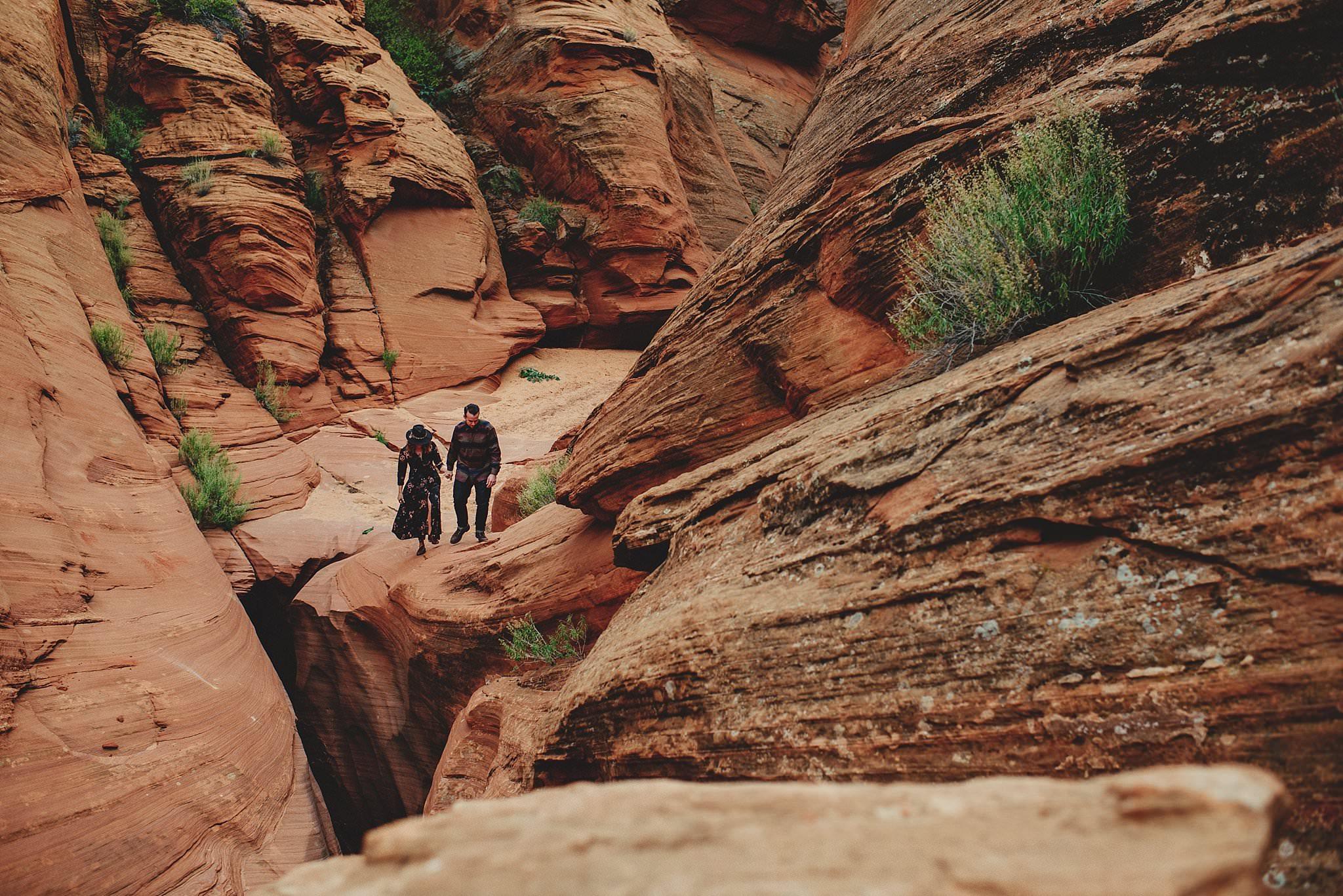 horseshoe-canyon-engagment-photos0030.jpg