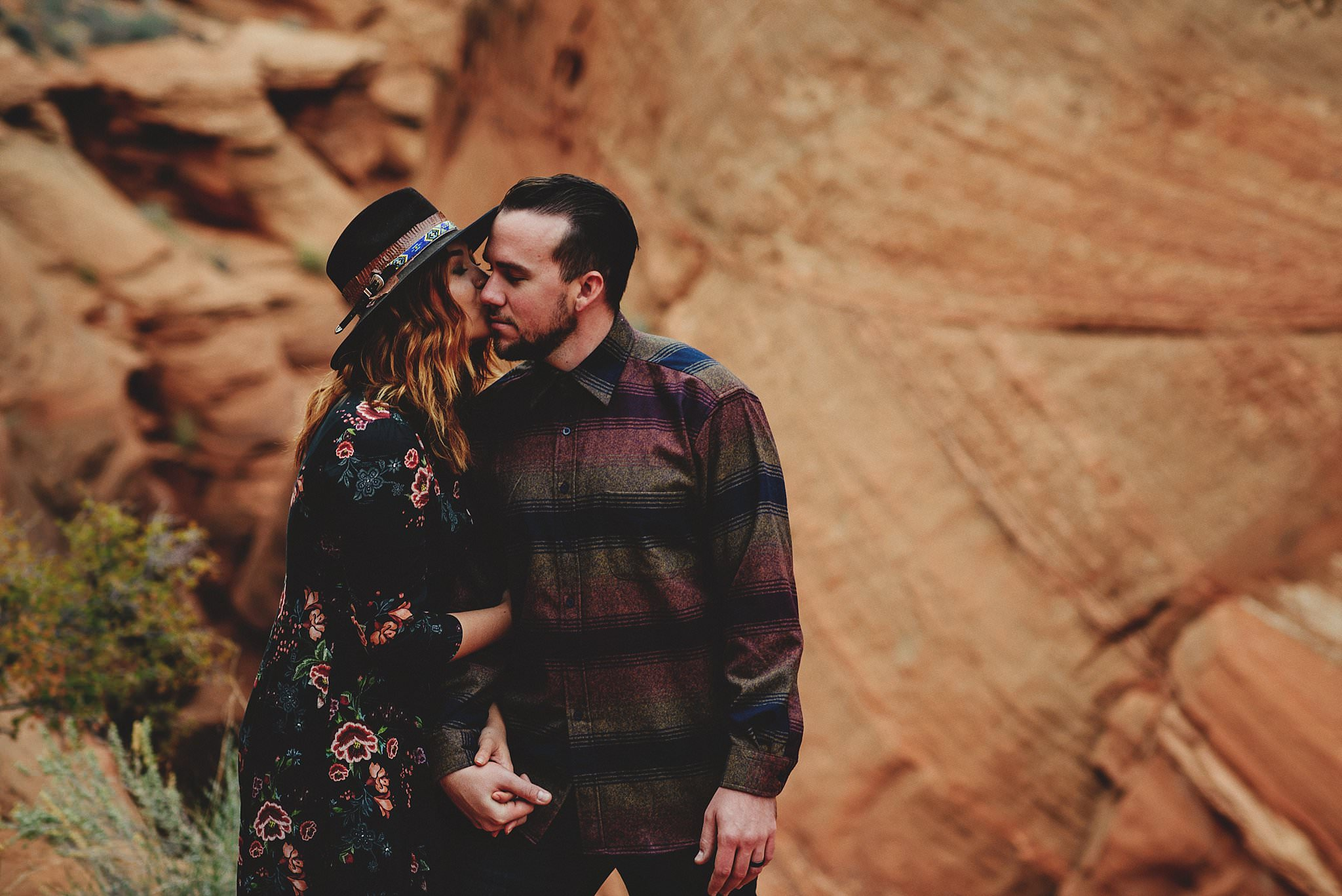 horseshoe-canyon-engagment-photos0033.jpg