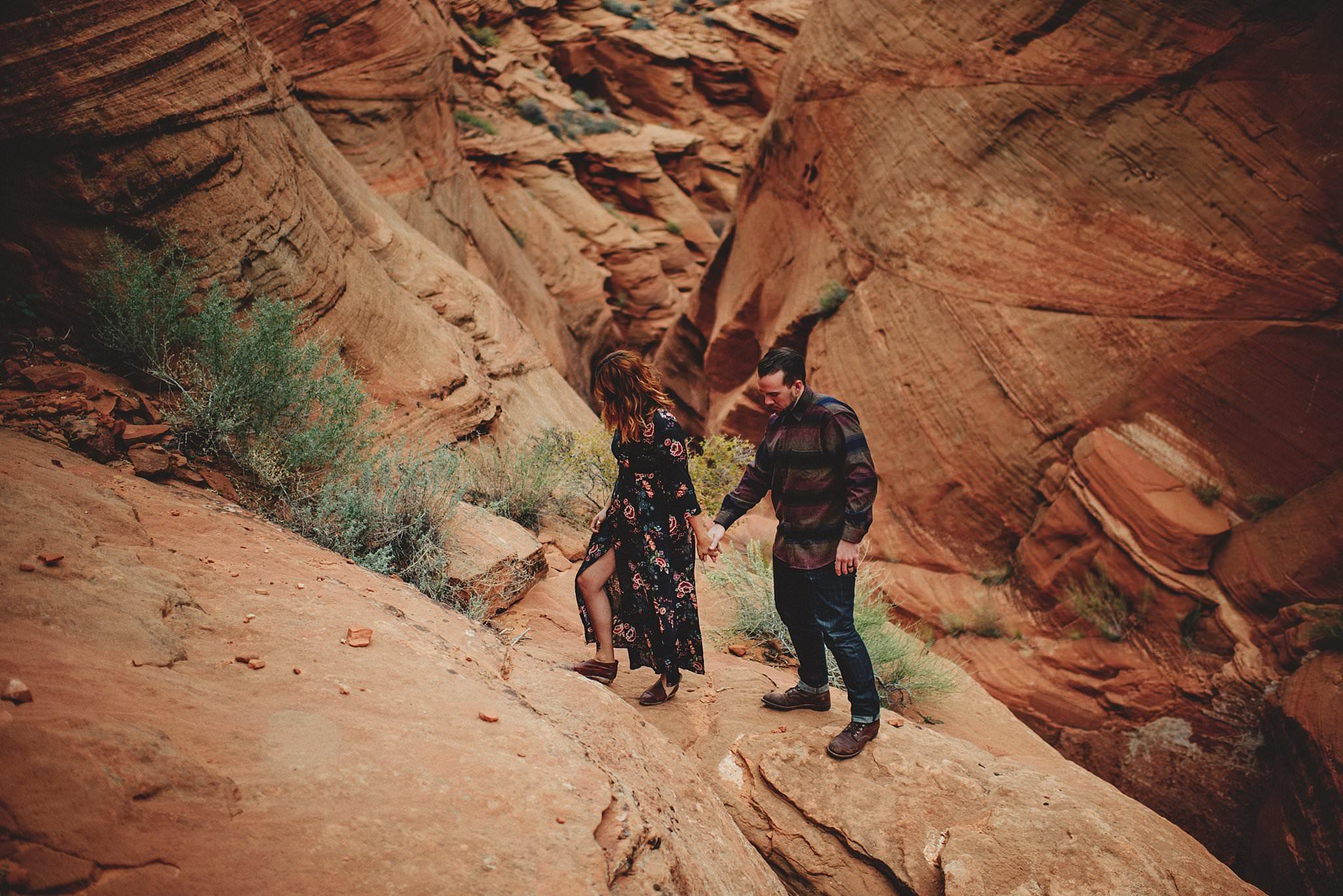 horseshoe-canyon-engagment-photos0035.jpg