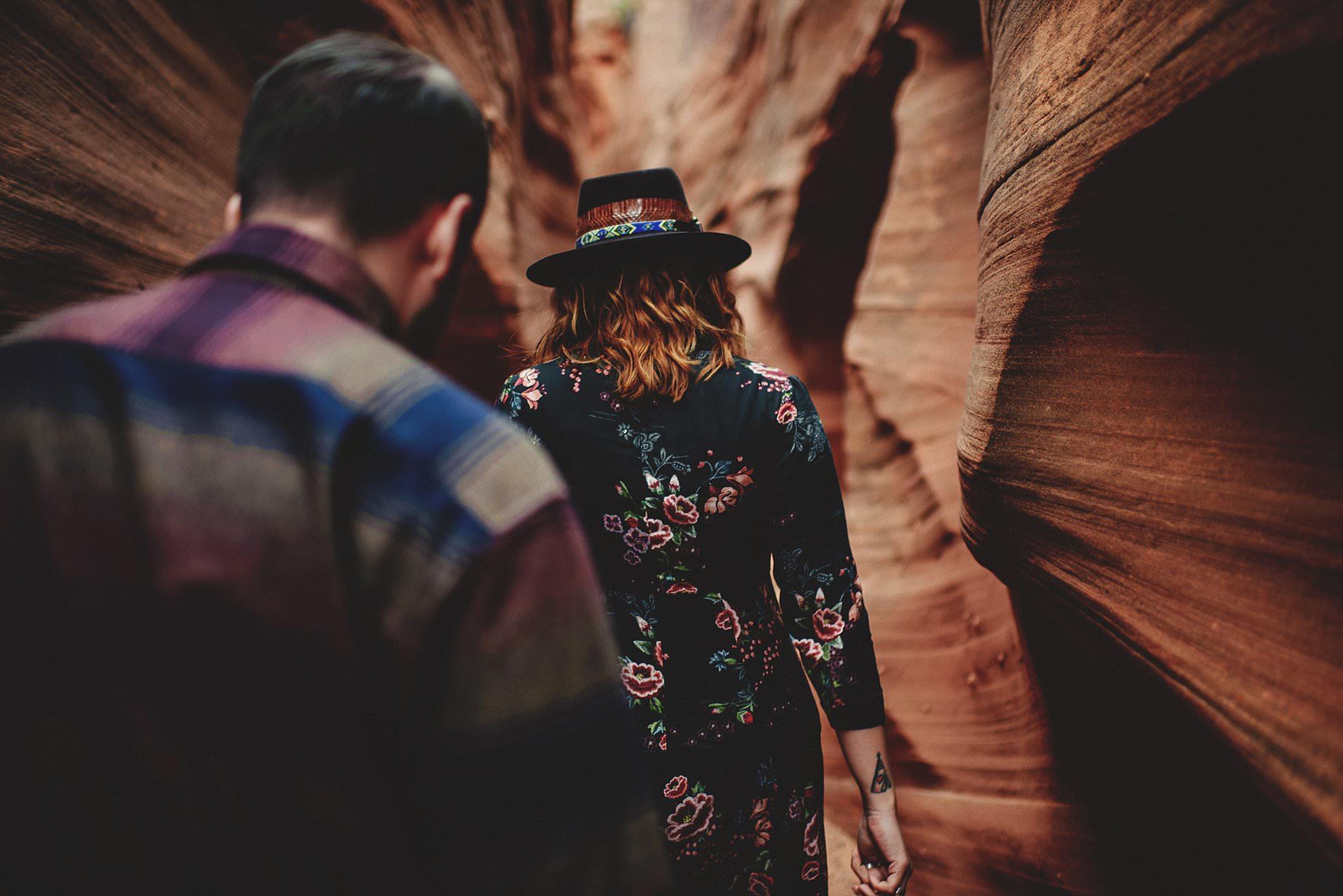 horseshoe-canyon-engagment-photos0038.jpg