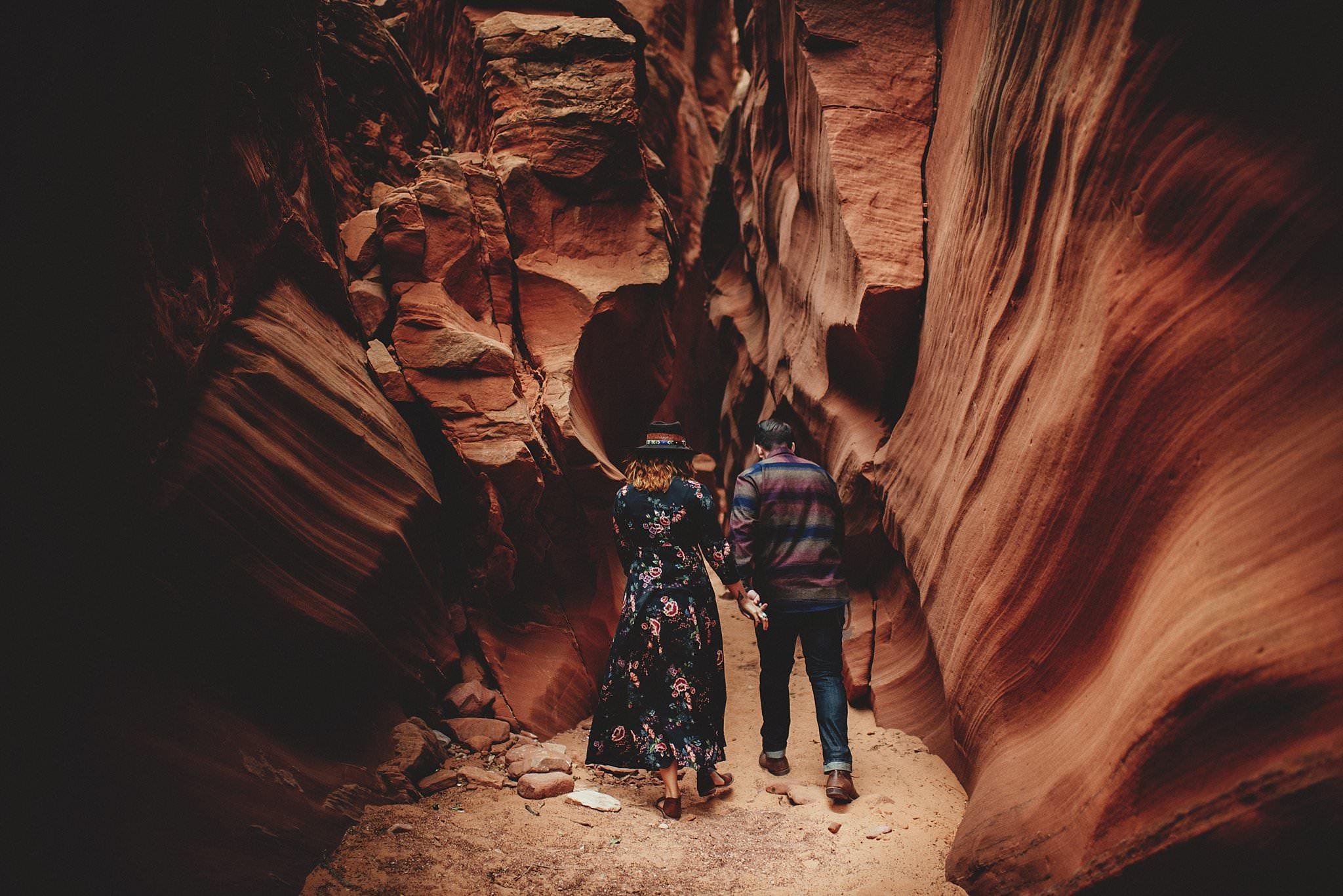 horseshoe-canyon-engagment-photos0043.jpg