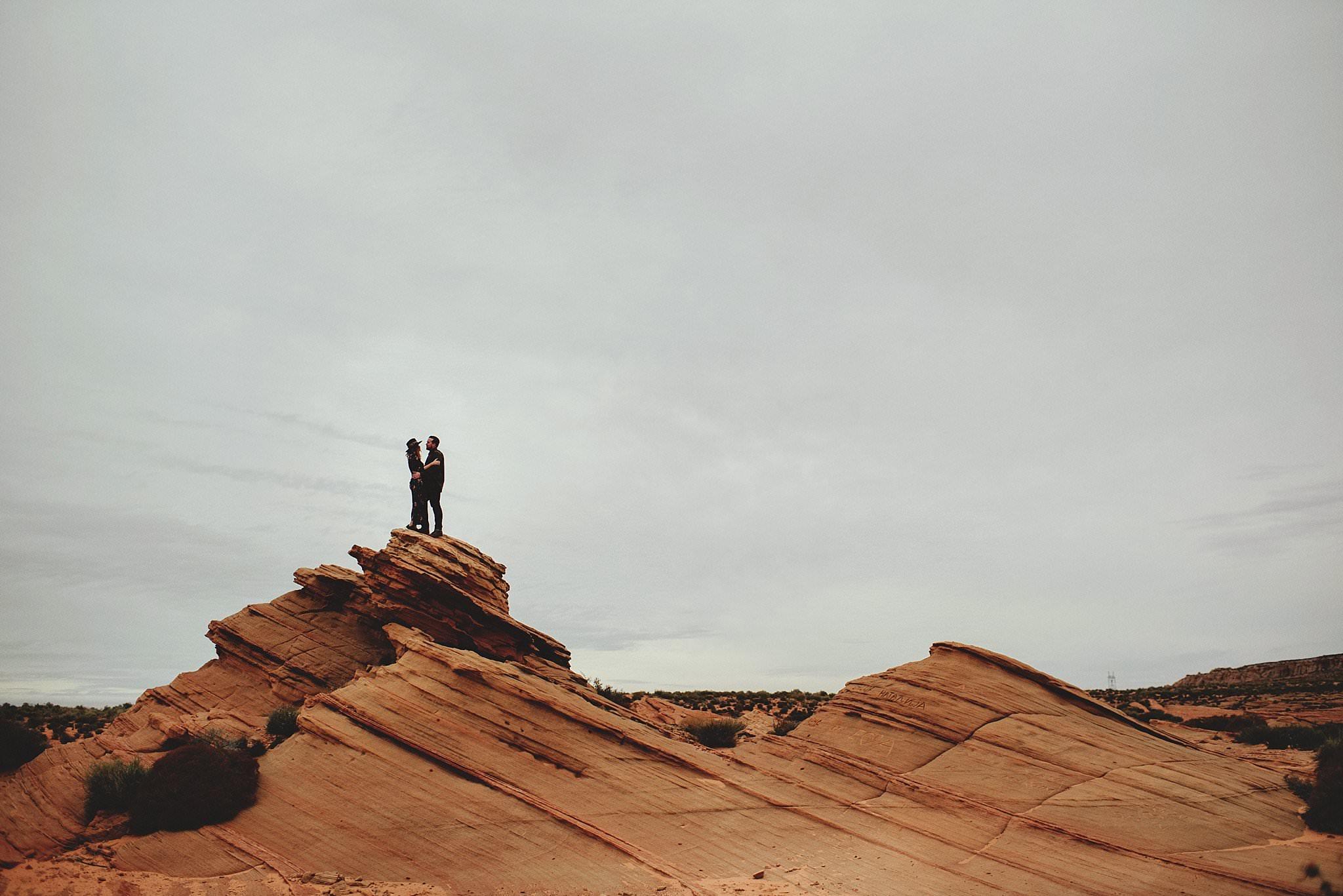 horseshoe-canyon-engagment-photos0046.jpg