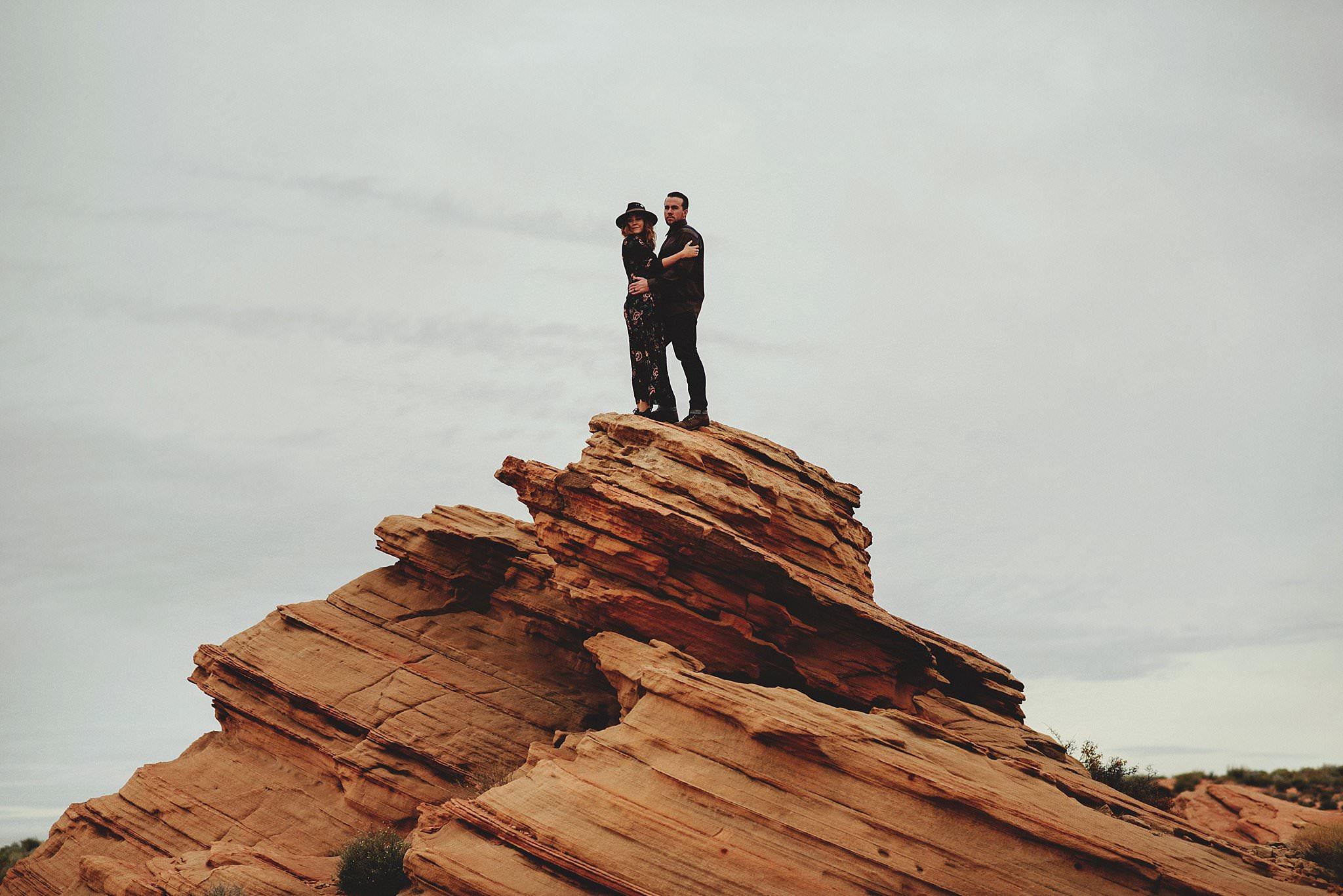 horseshoe-canyon-engagment-photos0047.jpg