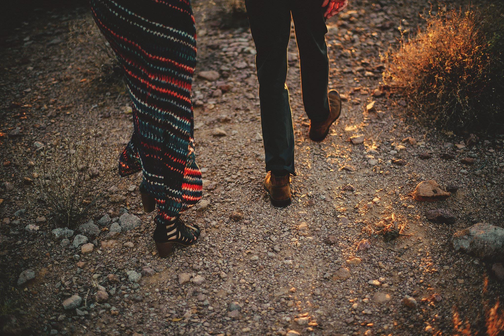 superstition-mountains-desert-engagement-photos-0028.jpg