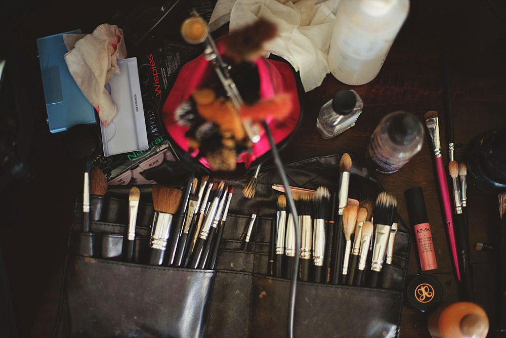 oxford exchange wedding : makeup setup