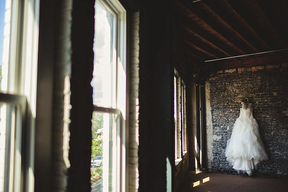 oxford exchange wedding : bride's dress