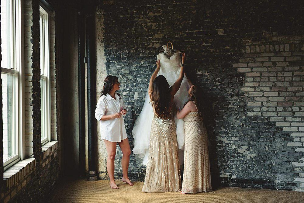 romantic-oxford-exchange-wedding-0028.jpg