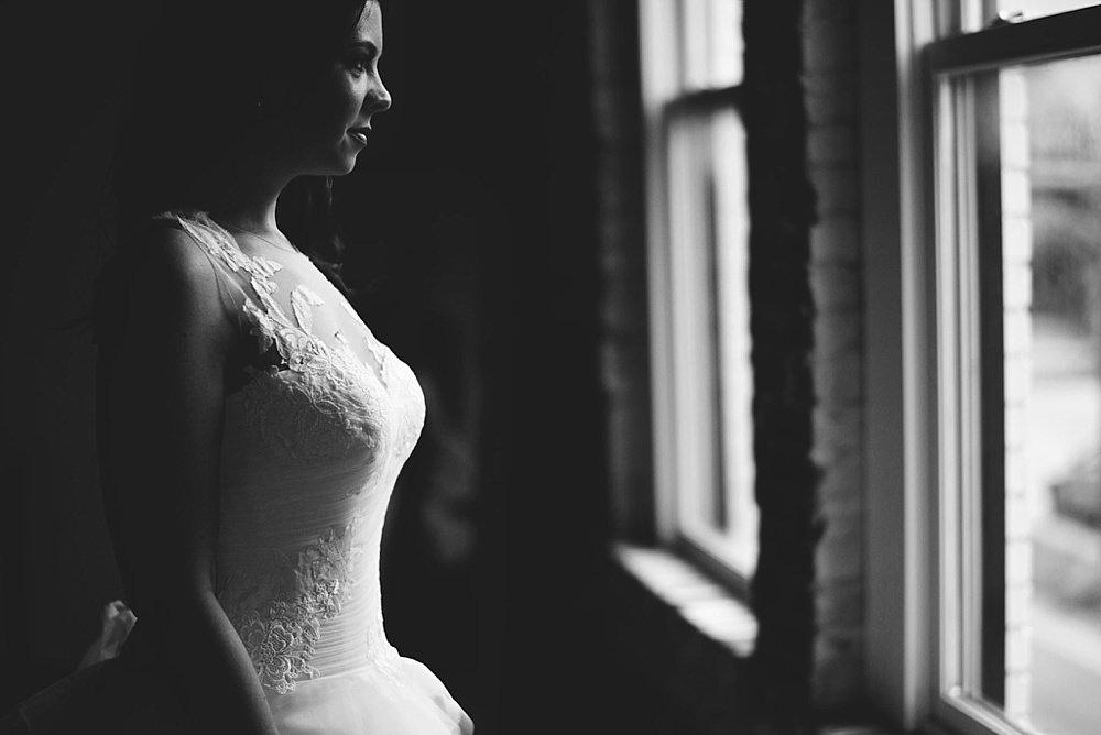 romantic-oxford-exchange-wedding-0037.jpg