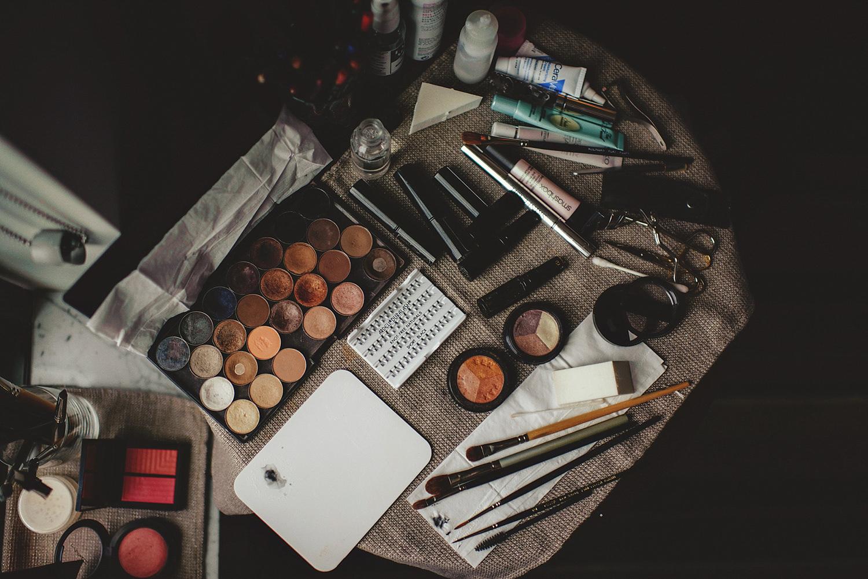 casa feliz wedding photos: makeup set up