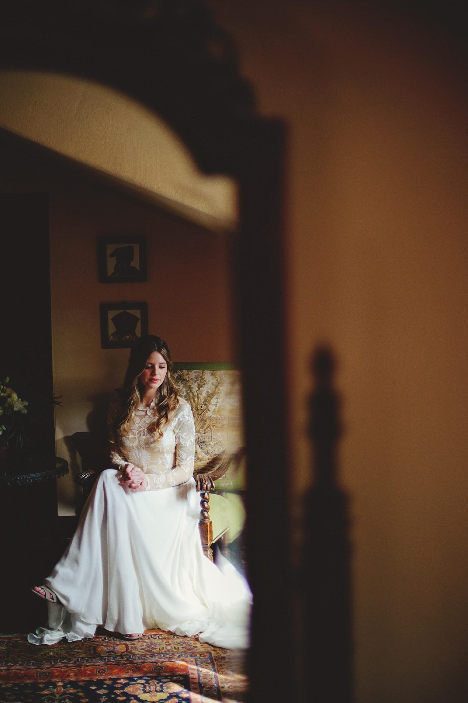 casa feliz bride portrait