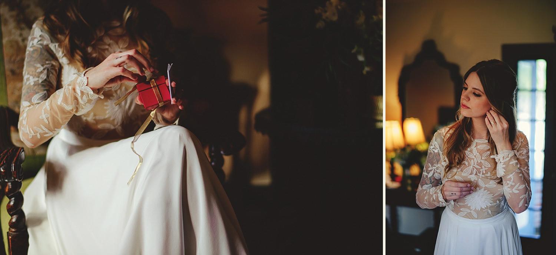 casa feliz wedding photos: bride opening gift